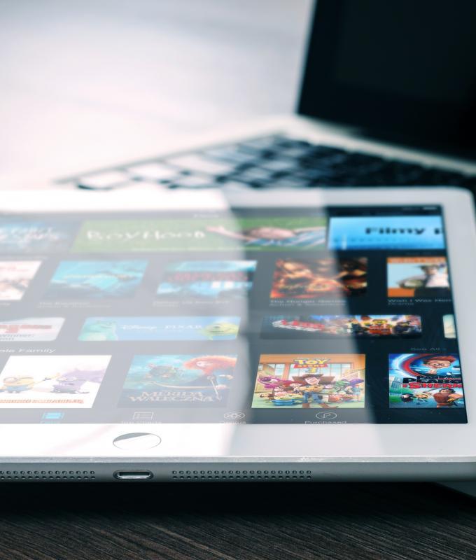 Voucher Per Servizi Di Connettività E Tecnologie (Tablet O Pc)